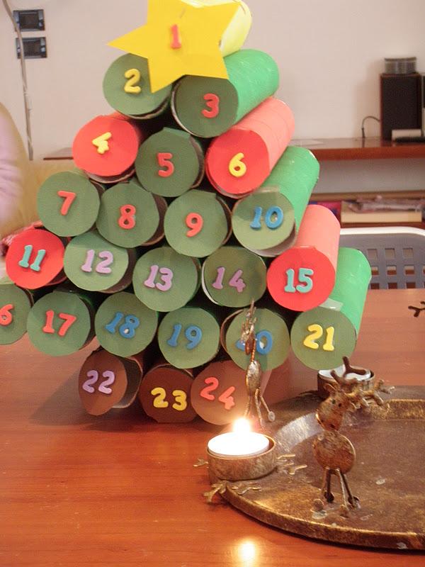 Calendario Avvento Con Rotoli Carta Igienica.Unconventional Mom Un Calendario Dell Avvento Zeppo Di Favole