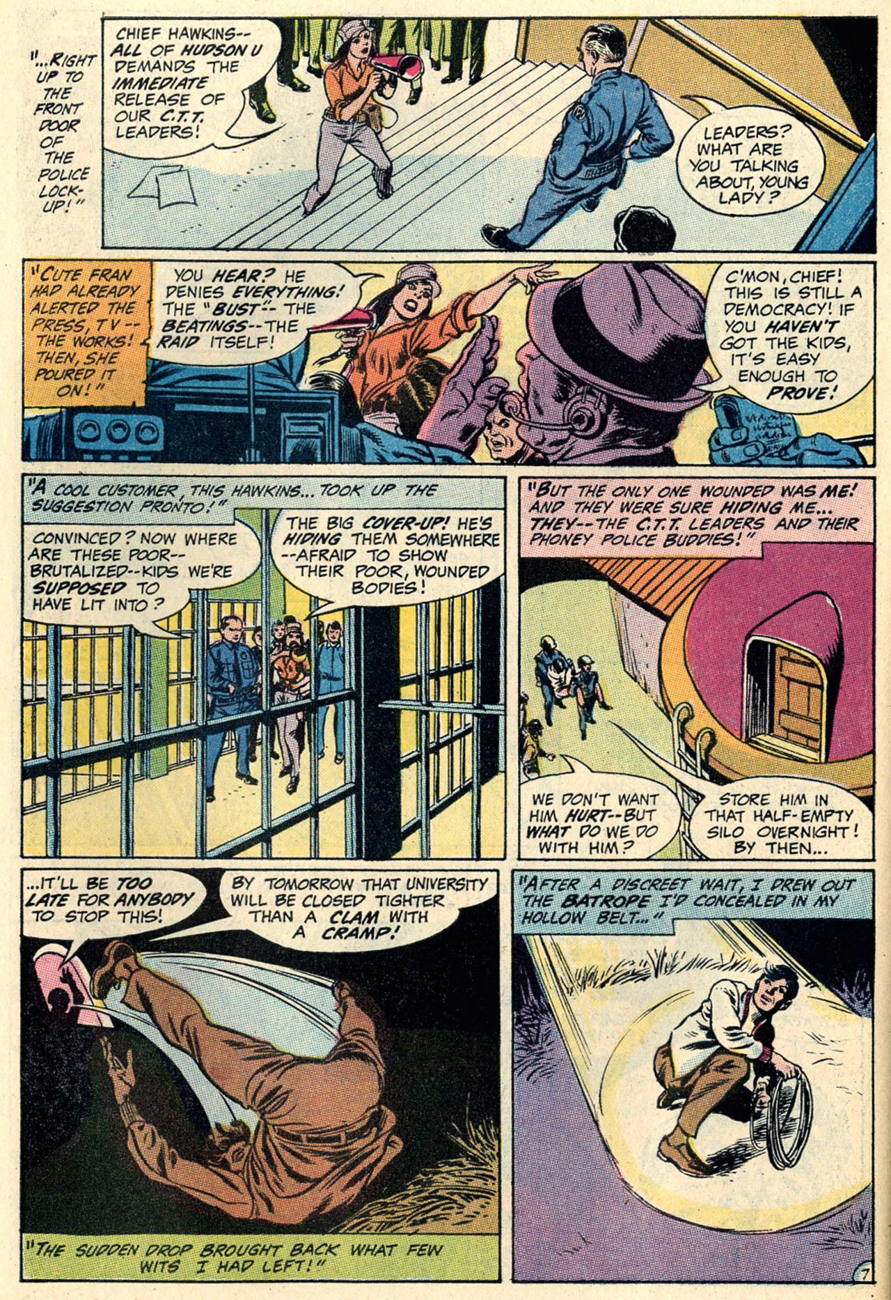 Detective Comics (1937) 394 Page 28