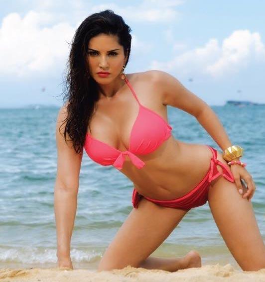 Actresses bikini wallpapers