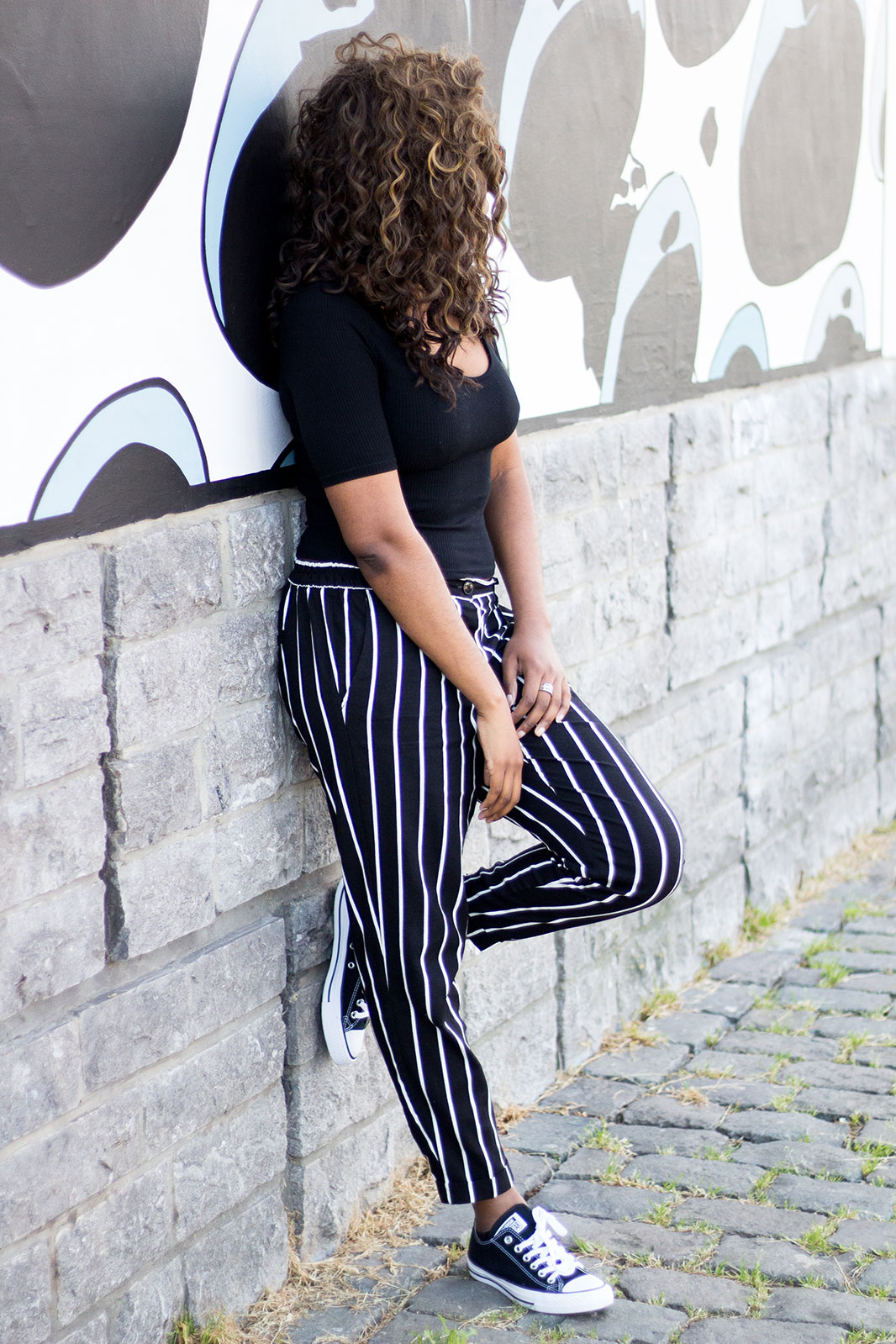 Blogueuse-black-striped-pants