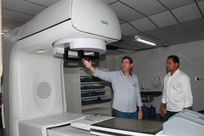 Hospital Aldenora Belo adquire equipamentos com emenda de Weverton Rocha
