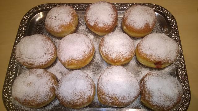 Berliner,Pfannkuchen oder Krapfen
