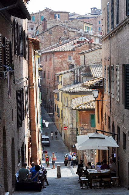 Steep Side Street in Siena, Italy | Taste As You Go