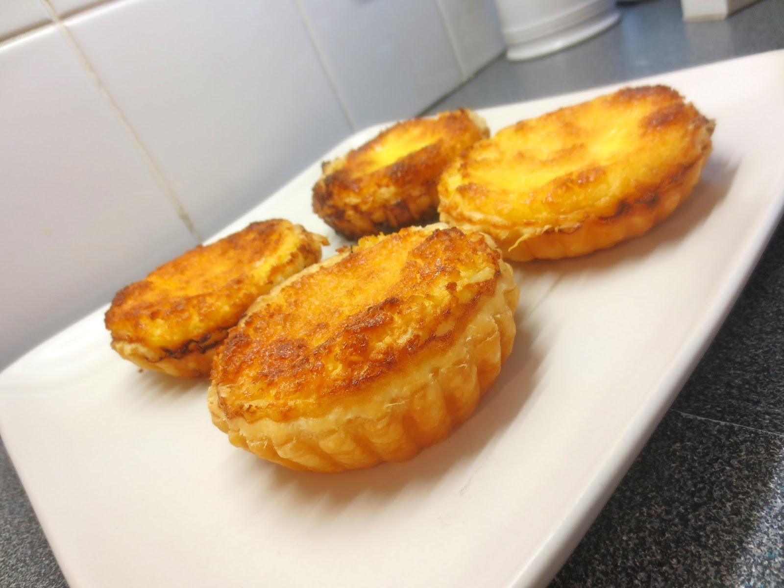Quark Cake Recipes Uk: The Hussy London Housewife: Lemon And Coconut Tarts With