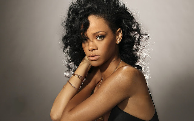 Rihanna Who Ya Gonna Run To MP3, Video & Lyrics
