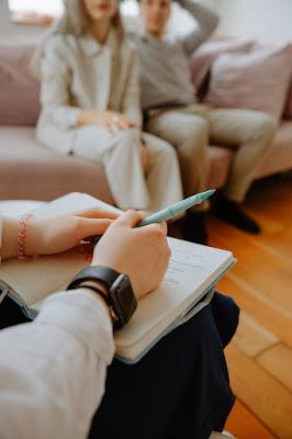 Sejarah, Latar Belakang, dan Perkembangan Helping, Konseling, dan Psikoterapi
