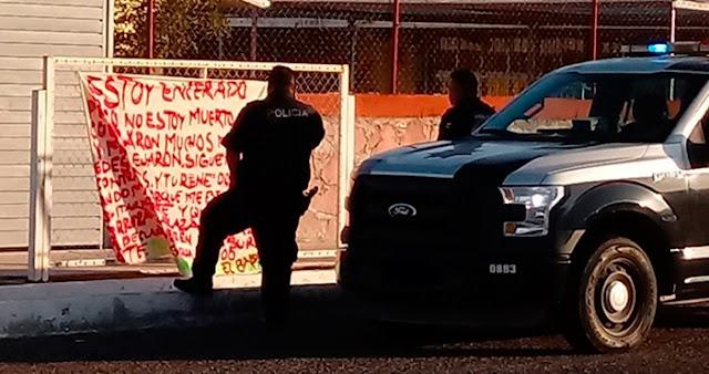 """Desde prisión capo de CJNG El Babay manda colocar narcomanta con mensaje amenazante a policías y a """"Rene 00"""" """"estoy encerrado, pero no estoy muerto"""""""