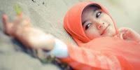 Penyebab Dan Cara Mengatasi Rambut Rontok Untuk Wanita Berhijab