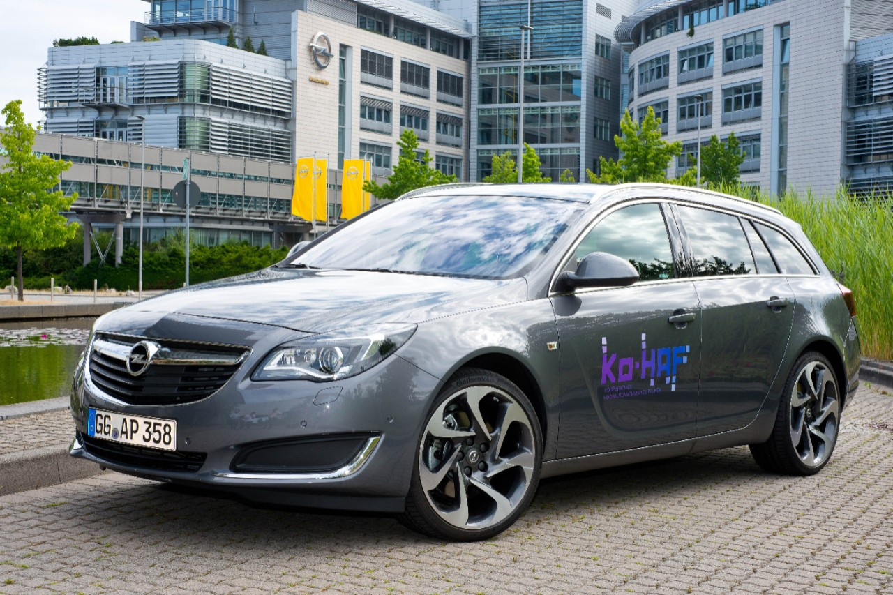 Αυτοματοποιημένη οδήγηση σε πραγματικές συνθήκες στο Γερμανικό αυτοκινητόδρομο από την Opel