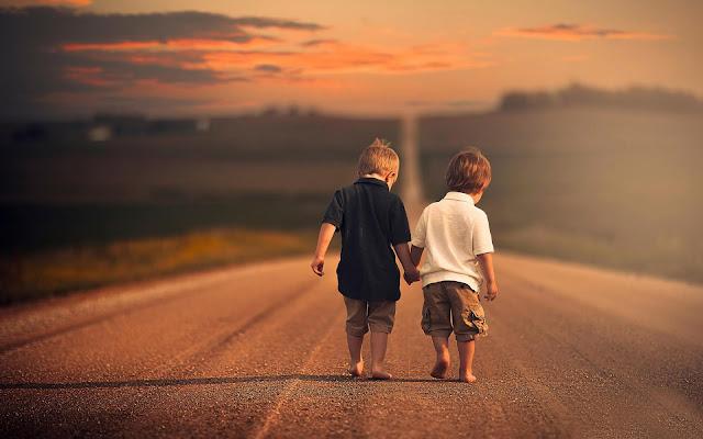 Di Luar Lelahmu Mengejar Cintanya, Tetaplah Tersenyum Karena Masih Ada yang Berharga Selain Asmara