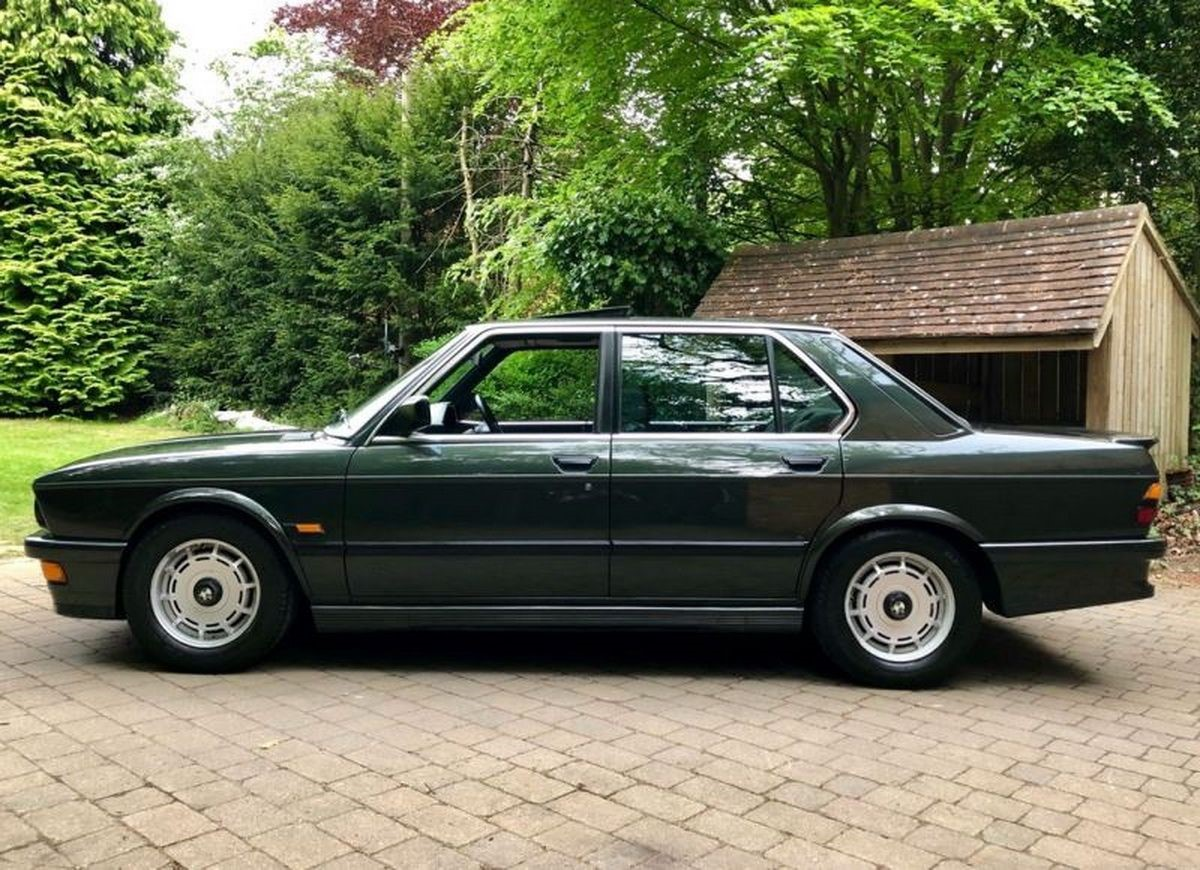 1985 Bmw E28 M535i Ms Blog 5 Series This Rather Lovely Covered 40700 Miles Up Until The December Of 1988 When Its Owner Took It Off Road And Into Controlled Storage