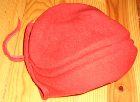 Gail Carriger Discusses Felted Hat from the 1890s