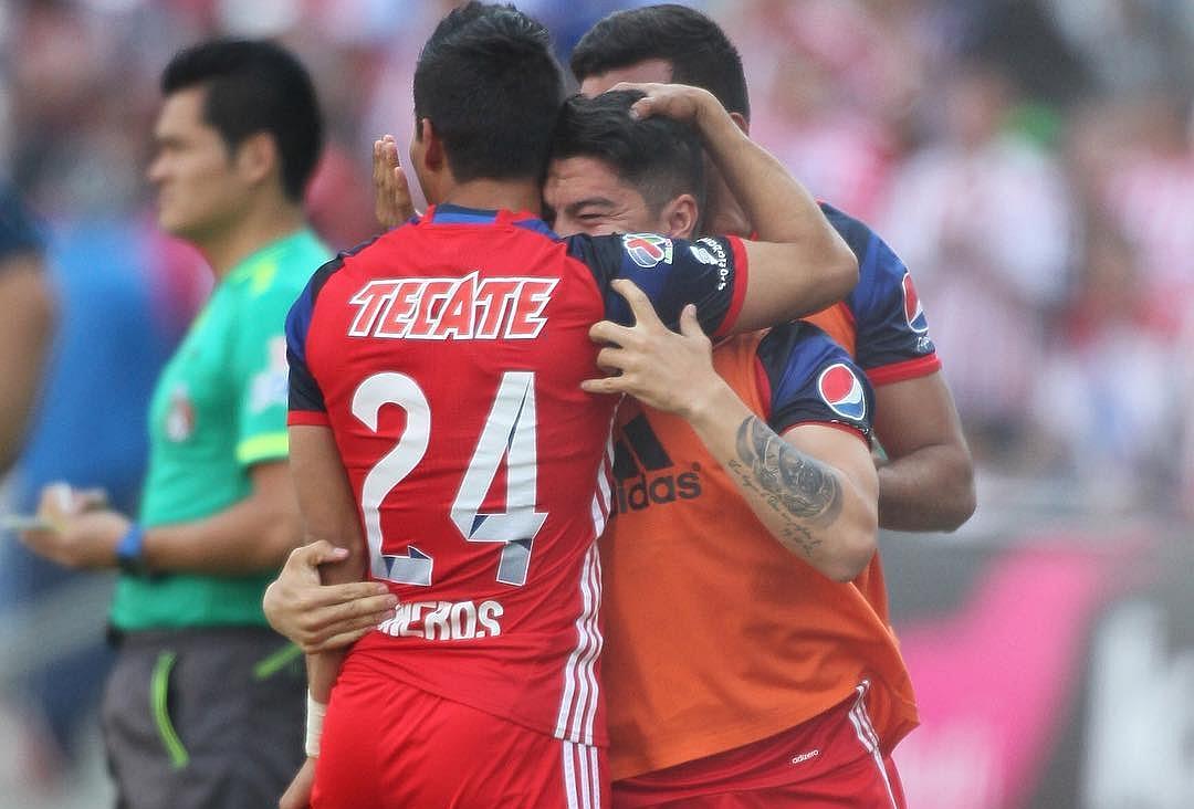 Carlos Cisneros y Michael Pérez.