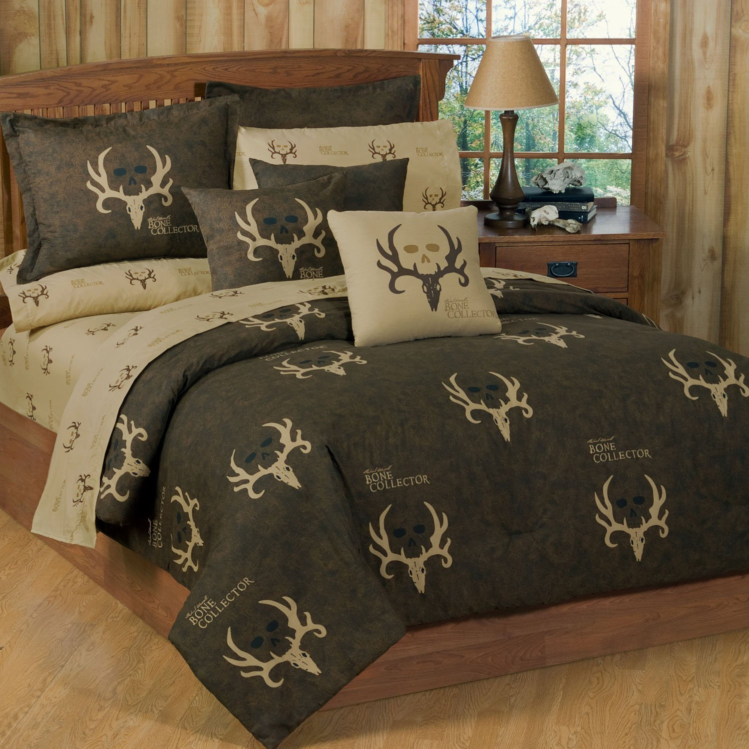 Total fab rustic whitetail deer bedding and curtains for Bedroom curtains and bedding