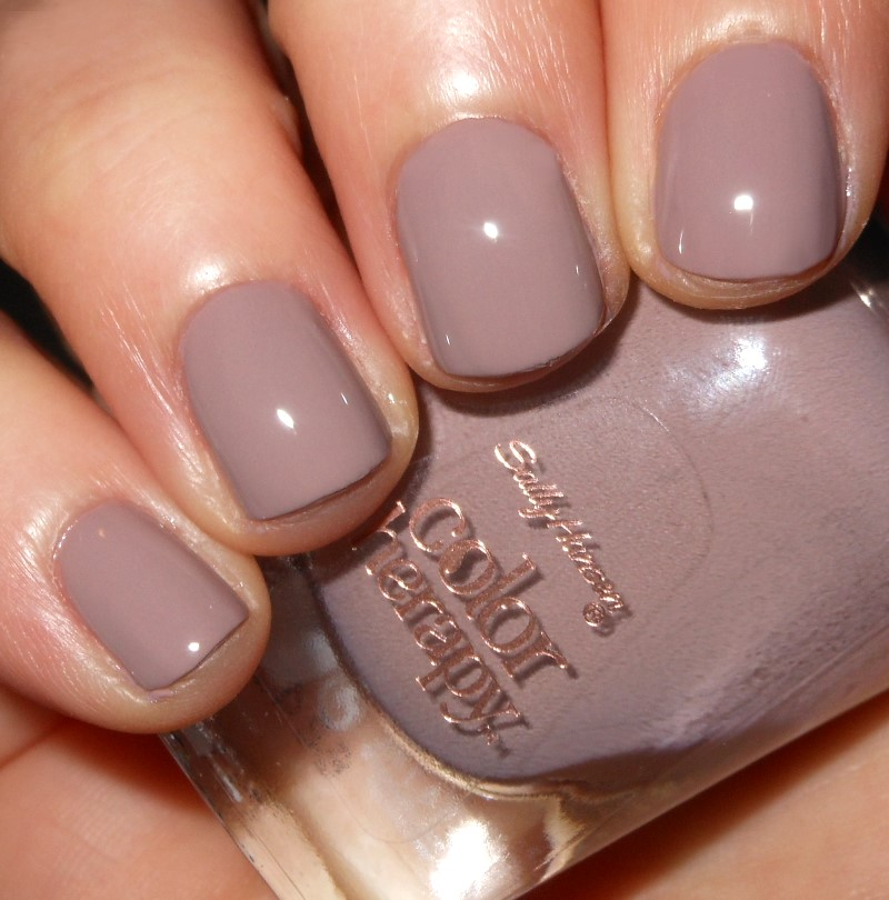 Imperfectly Painted: Sally Hansen Steely Serene