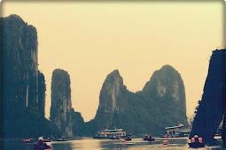 Menikmati Indahnya surga tersembunyi di Halong bay , Vietnam