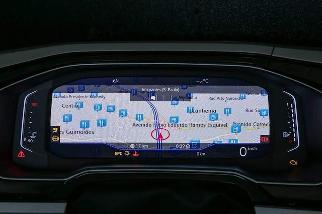 Volkswagen Virtus - painel digital