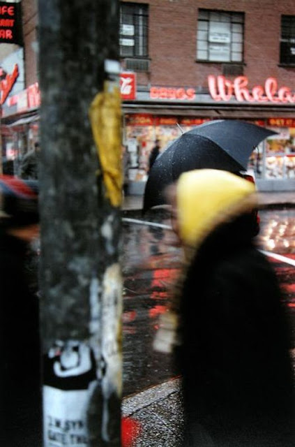 http://tsutpen.blogspot.com/2016/05/saul-leiter-and-city-6.html