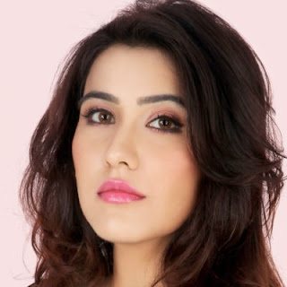 Sheena Bajaj age, phone number, hot, rohit purohit family, movies and tv shows, in colgate ad, date of birth, images, real age, in bikini, mobile number, in fashion movie, photos, house address, hairstyle name