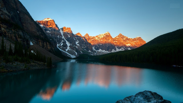 photograph of Banff National Park in Canada