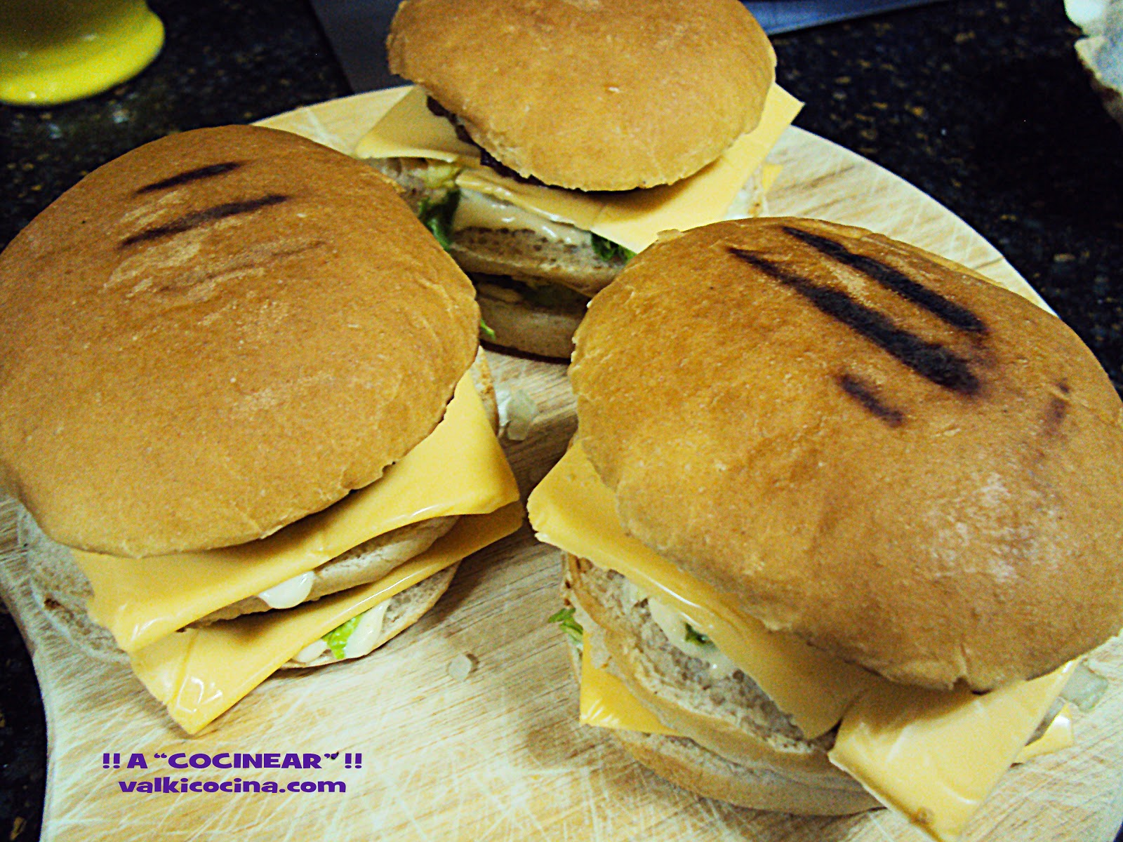 Hamburguesas y salsa Big Mac caseras