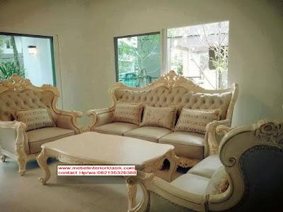 Furniture klasik mewah- sofa klasik Ukir