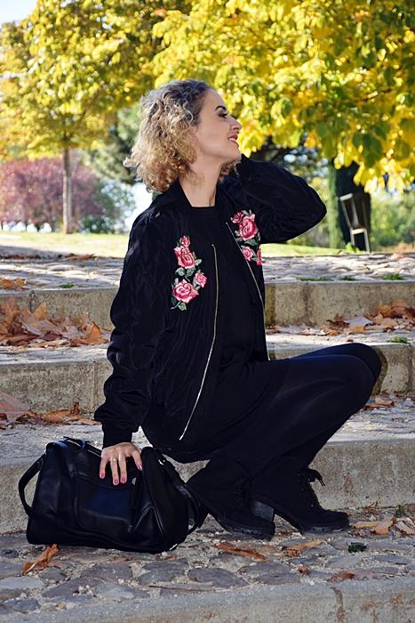 outfit-bomber-parches-flores-6