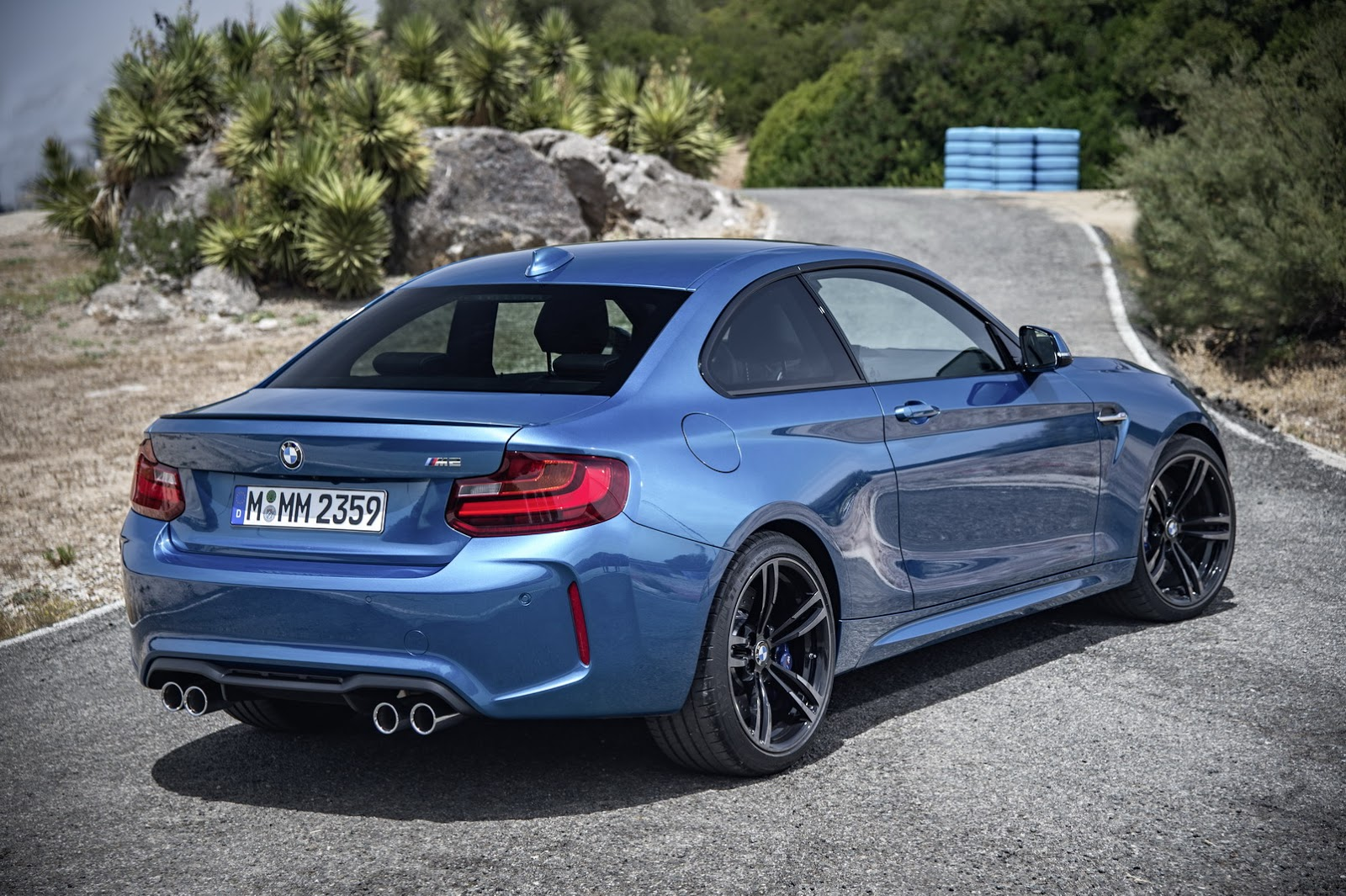 2016 bmw m2 coupe all the official details and 64 photos. Black Bedroom Furniture Sets. Home Design Ideas