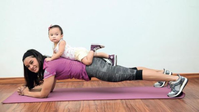 Yuk Bunda, Lakukan Gerakan Olahraga Ini Bersama Bayi