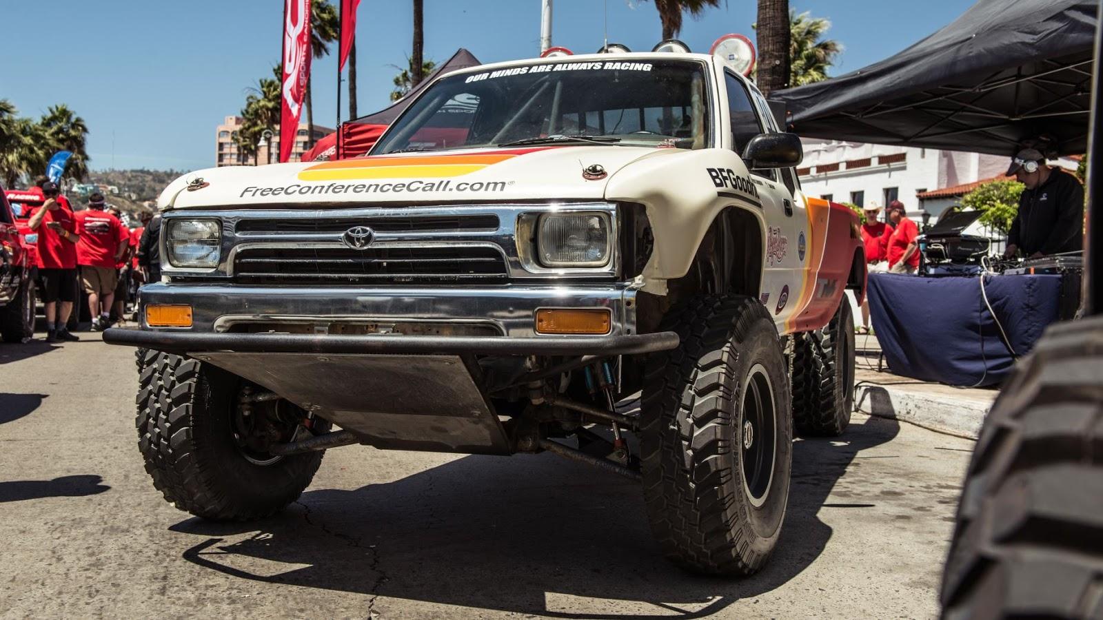 TOP siêu xe điên rồ & kỳ quái nhất xuất hiện tại Mexico 1000