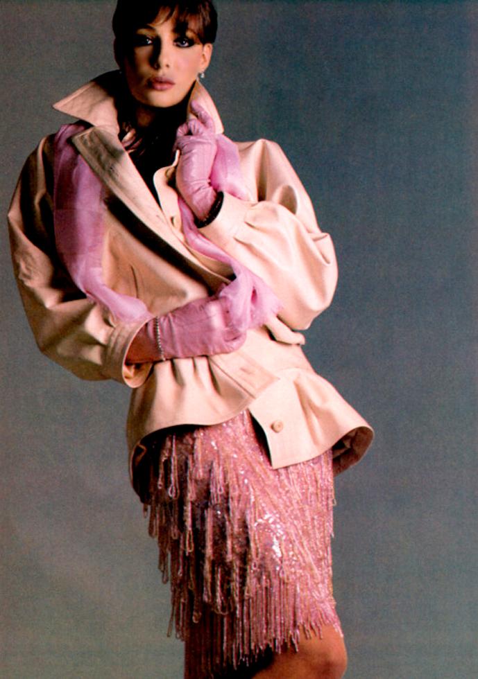 Yves Saint Laurent in Vogue US 1981 (photography: Francesco Scavullo) via www.fashionedylove.co.uk