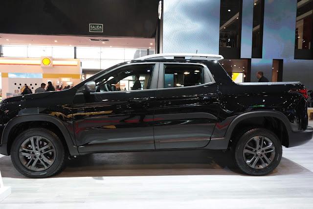 Fiat Toro BlackJack 2.4 Flex Automática