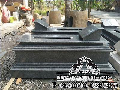 Makam Uje Granit