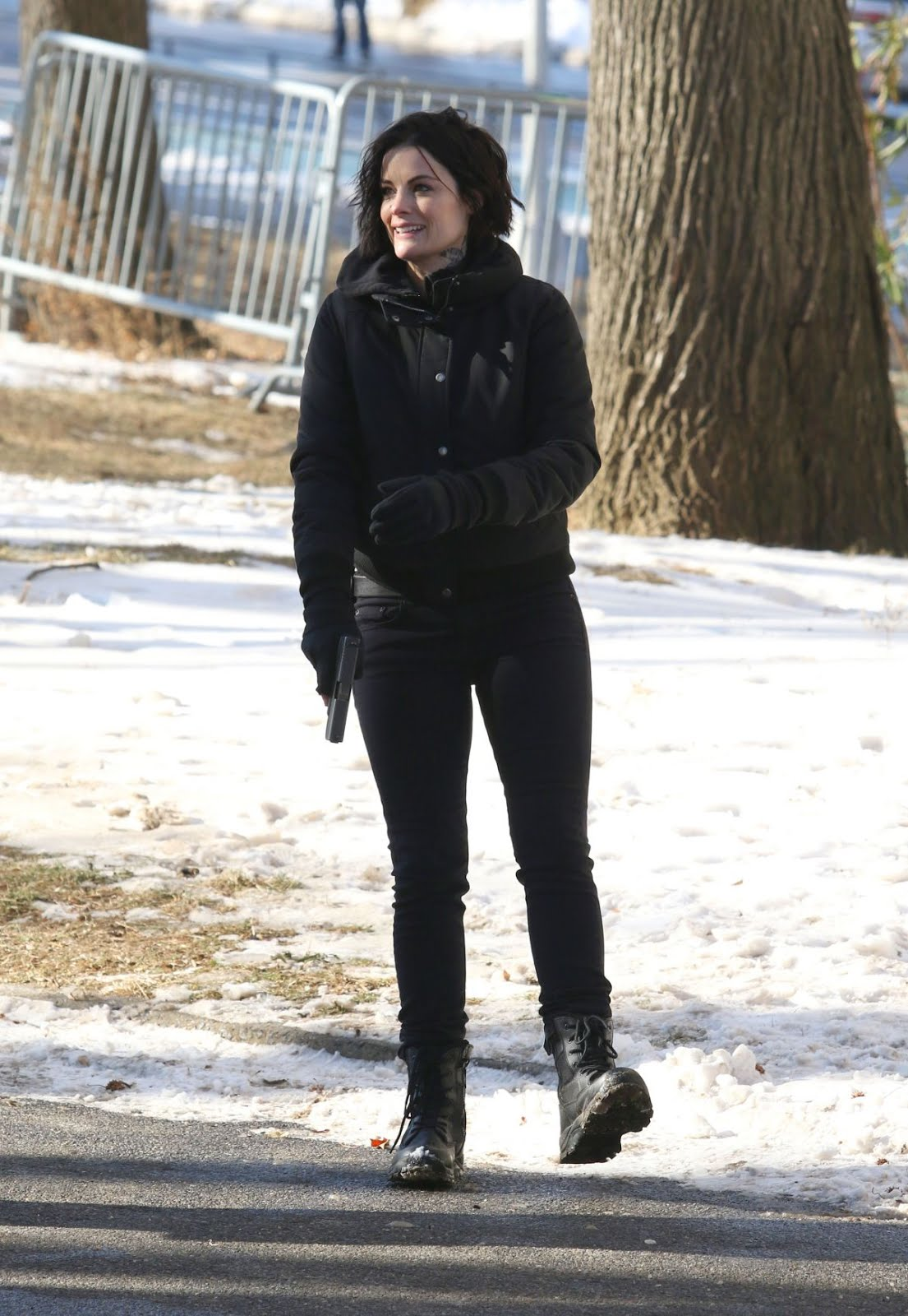 Jaimie Alexander On The Set Of Blindspot In Astoria Park In New York 2018