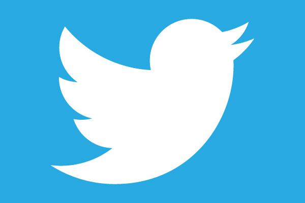 تفعيل الوضع الليلي  والأزرق الداكن في تويتر