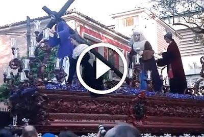 Jesús de La Misión Paso de Misterio de la Hermandad de La Misión durante su Estación de Penitencia el Viernes de Dolores en la Semana Santa de Sevilla de 2017