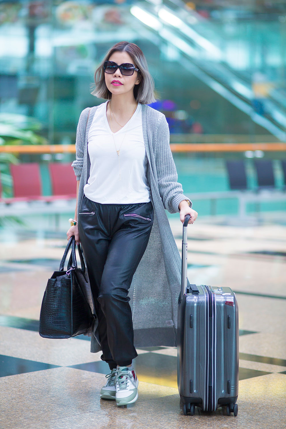 Crystal Phuong- Singapore Fashion Blogger- Airport style