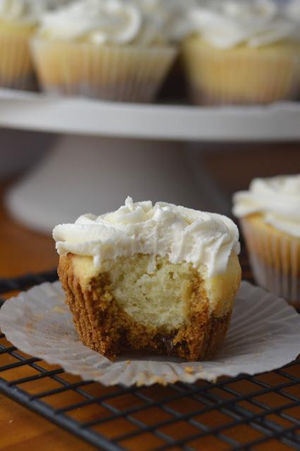 Cookie Bottom Vanilla Cupcakes Recipe
