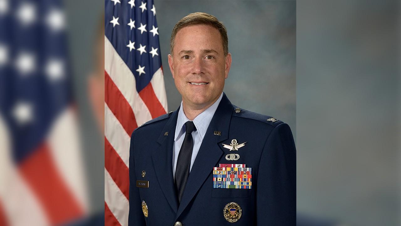 Θάνατος «μυστήριο» του διοικητή της 21ης Πτέρυγας της διαστημικής δύναμης των ΗΠΑ