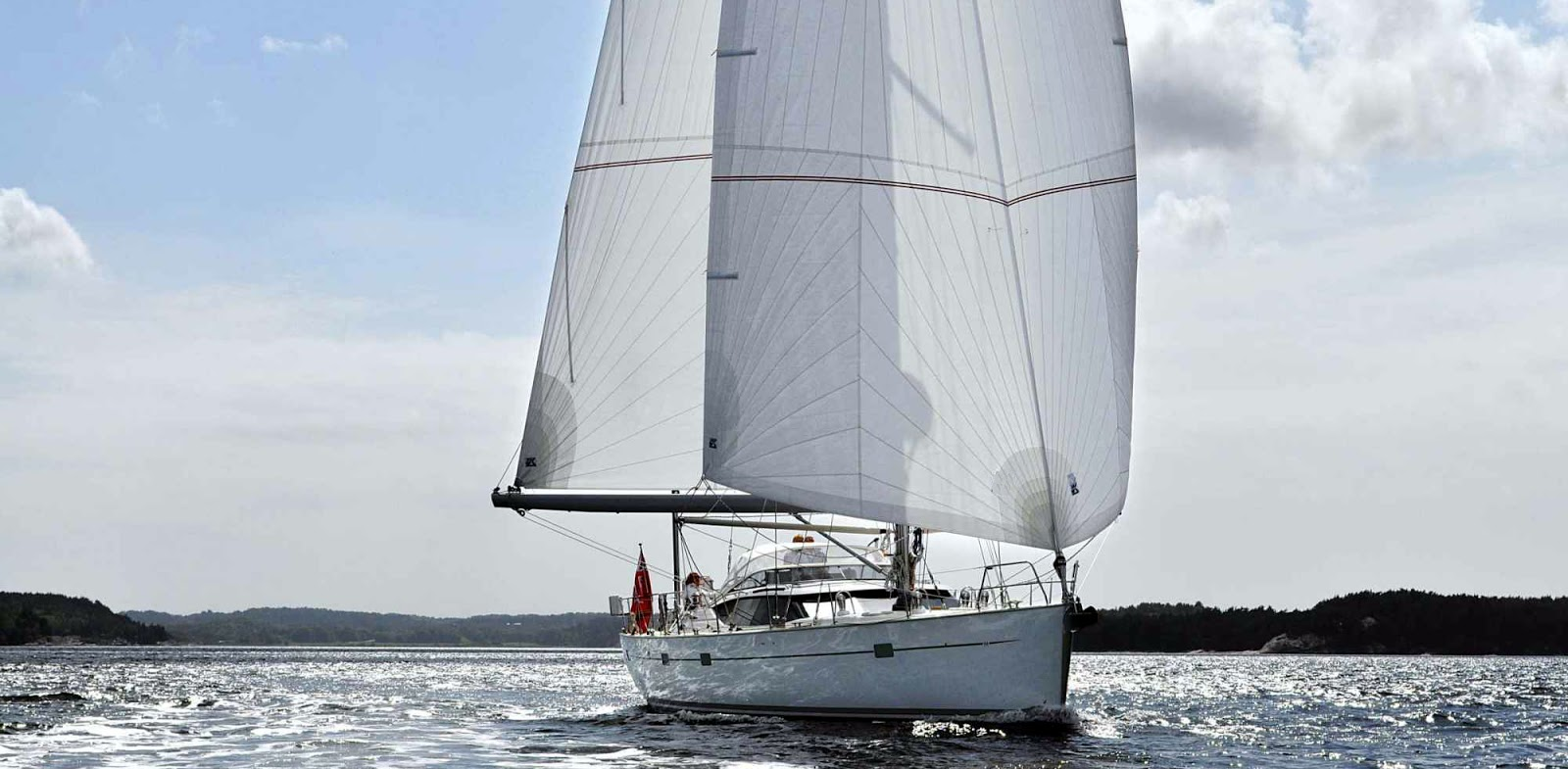 Become a better sailor - read the articles