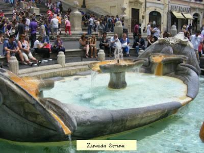 roma-piata-spaniei-fantana-barcaccia