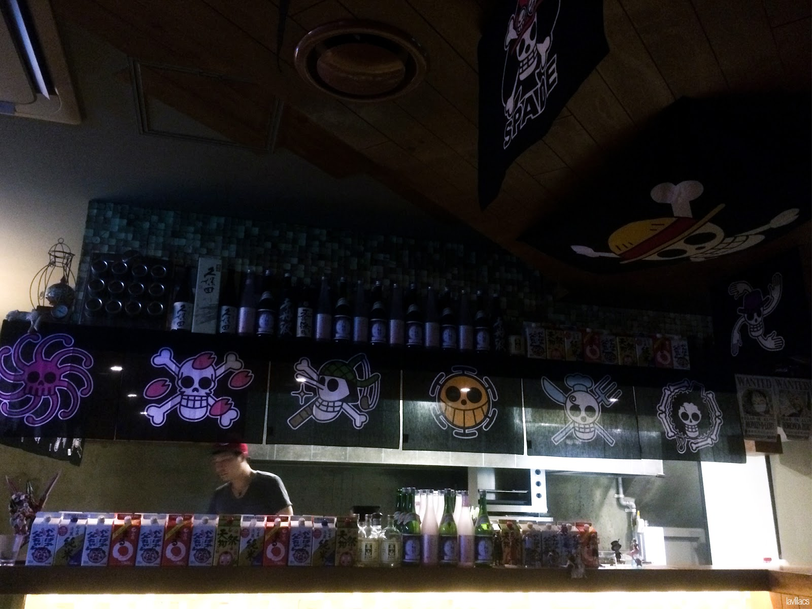 Seoul, Korea - Summer Study Abroad 2014 - Hongdae One Piece Restaurant Bar food counter