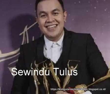 Sewindu Tulus
