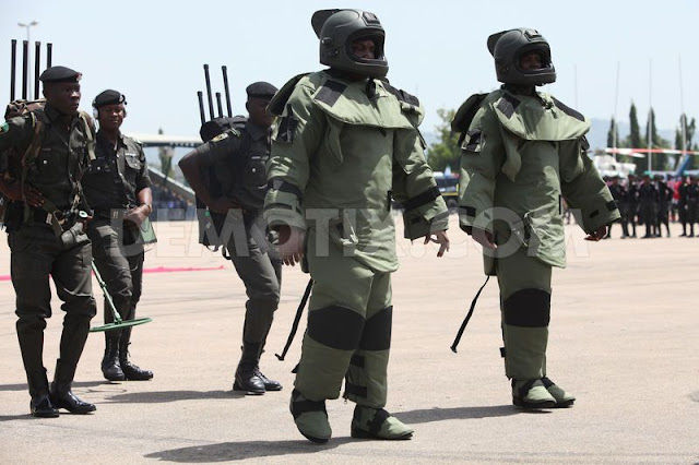 1367296924 nigeria police force performs ceremonial parade to mark police week 2006092
