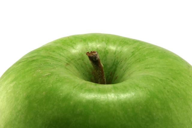 أهم فوائد التفاح ولماذا تفاحة واحدة في اليوم تغنيك عن زيارة الطبيب ؟
