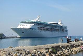 Видение морей в порту Кушадасы