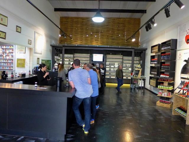 ざくろのワイン?「健康によい」として人気のRIMON Wineryを訪問しました。