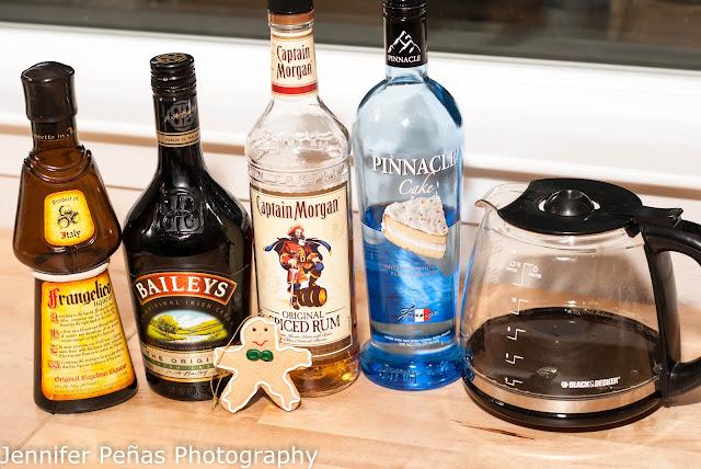 christmas cocktail, gingerbread coffee cake cocktail, coffee, Baileys, Irish Cream Liqueur, hazelnut liqueur, Frangelico, spiced rum, cake vodka
