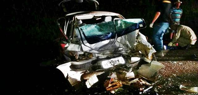 Pitanga: Veículos se chocam durante a madrugada na PR-466