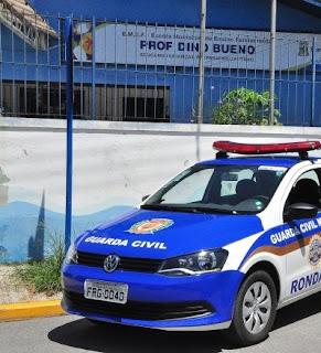 Guarda Civil Municipal é baleado por menores e tem arma roubada em Bertioga